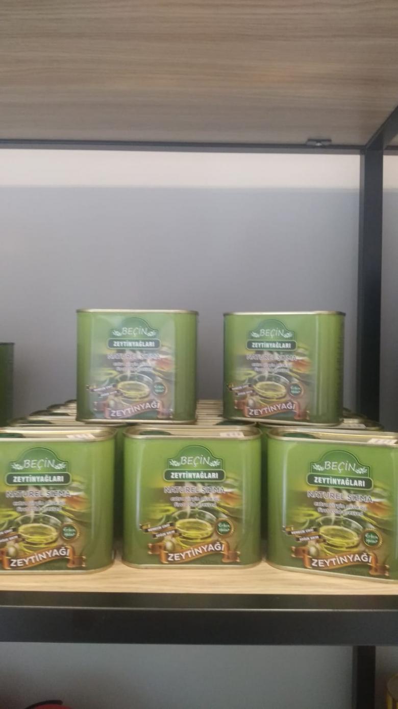 Erken Hasat Soğuk Sıkım Naturel Sızma Zeytinyağı 0,6 Dizem -1 litre teneke