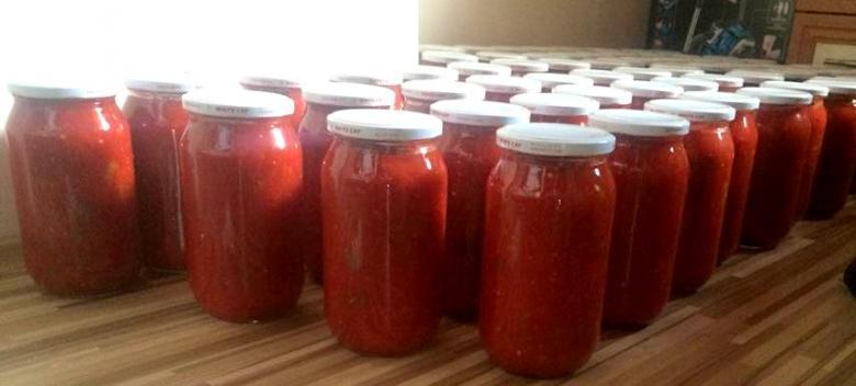 menemenlik konserve domatesli